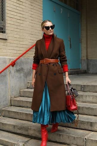 Abrigo en marrón oscuro de Versace Vintage