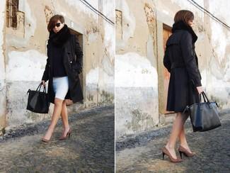 Utiliza una gabardina negra y una falda lápiz blanca para lucir elegante y distinguida. Zapatos de tacón de ante de leopardo marrónes son una opción muy buena para completar este atuendo.