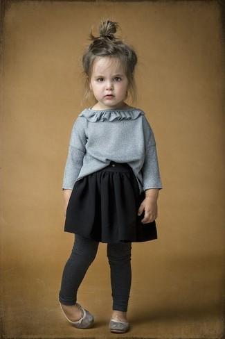 Combinar unos leggings en gris oscuro: