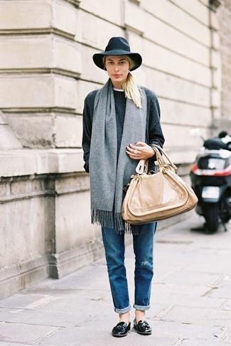 Bufanda gris de Dolce & Gabbana