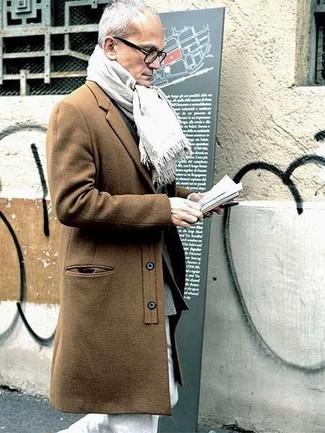 Abrigo largo marrón claro de Vince Camuto