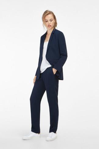 Cómo Combinar Un Pantalón De Vestir Azul Marino 54 Looks De