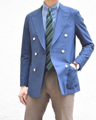 Cómo combinar: corbata de rayas horizontales en azul marino y verde, pantalón de vestir marrón, camisa de vestir azul, blazer cruzado azul