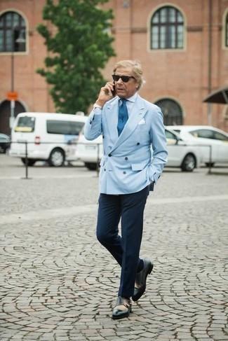 Corbata azul de Geoffrey Beene