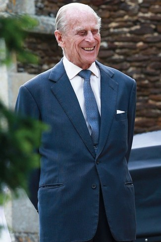 Cómo combinar: corbata estampada azul, pantalón de vestir negro, camisa de vestir blanca, blazer en verde azulado