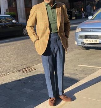 Combinar un polo de manga larga verde oscuro: Emparejar un polo de manga larga verde oscuro junto a un pantalón de vestir de lana azul marino es una opción atractiva para una apariencia clásica y refinada. Mocasín con borlas de ante marrón son una opción incomparable para complementar tu atuendo.