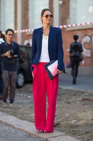 Cómo combinar unos pantalones anchos rojos (44 looks de moda)  d26843938020