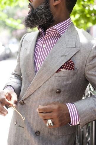 Cómo combinar: pañuelo de bolsillo a lunares burdeos, camisa de vestir de rayas verticales morado, blazer cruzado gris