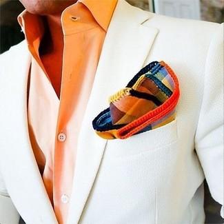 Cómo combinar: pañuelo de bolsillo de tartán en multicolor, camisa de vestir naranja, blazer blanco