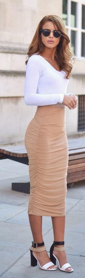 bd6640363df Cómo combinar una falda lápiz en beige (43 looks de moda)