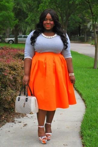 4deba0852 Cómo combinar una falda naranja (157 looks de moda)