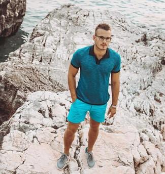 Combinar unos tenis en verde menta: Considera ponerse una camisa polo en verde azulado y unos pantalones cortos en turquesa para un look diario sin parecer demasiado arreglada. Tenis en verde menta son una opción grandiosa para complementar tu atuendo.