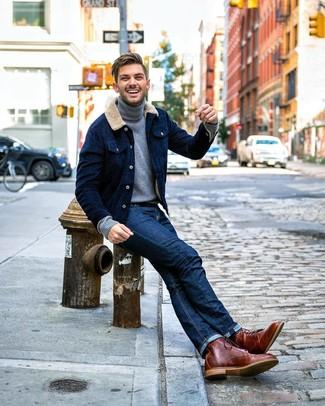 Look de moda: Botas casual de cuero marrónes, Vaqueros azul marino, Jersey de cuello alto gris, Chaqueta estilo camisa de pana azul marino