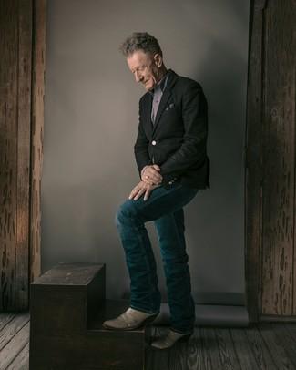 Cómo combinar: botas camperas de cuero grises, vaqueros azul marino, camisa de manga larga gris, blazer negro