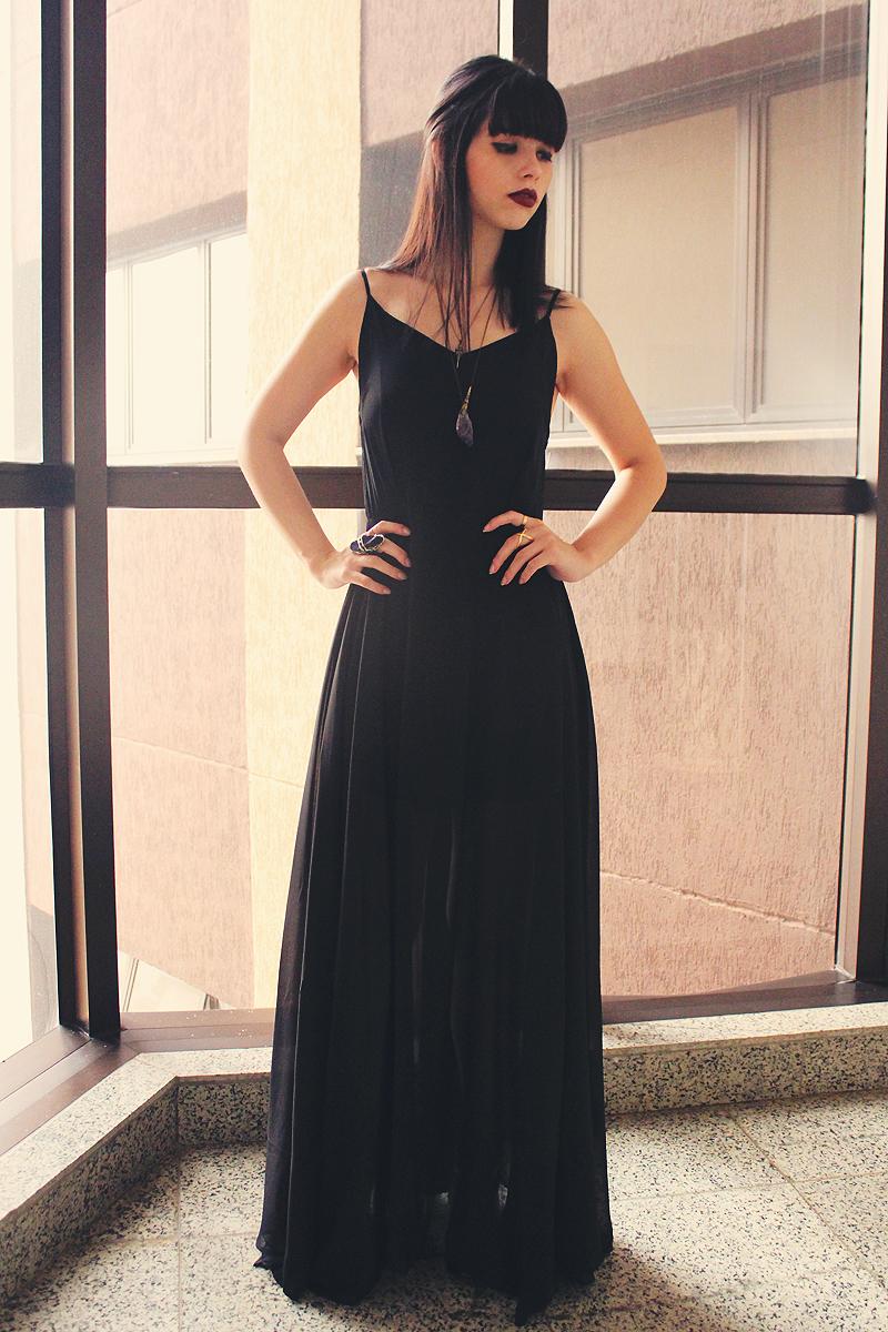 Vestido negro largo informal