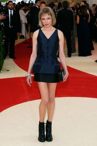 Vestido recto de saten azul marino botines con cordones de cuero negros cartera sobre con adornos negra large 22679