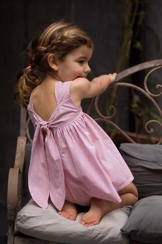 Cómo combinar: vestido rosado