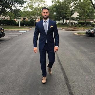 Cómo combinar: corbata a lunares gris, zapatos con doble hebilla de ante marrónes, camisa de vestir de rayas verticales celeste, traje azul marino