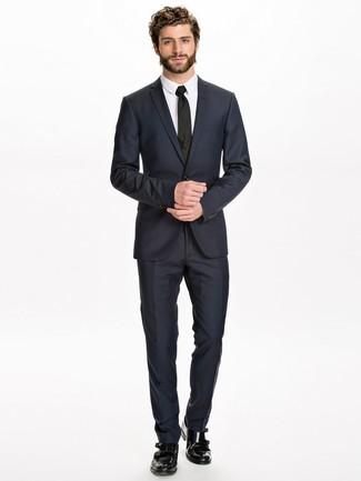 7f4df156c Zapatos con doble hebilla de cuero negros de Doucal s Me gusta Me gusta.  Casa un traje azul marino ...