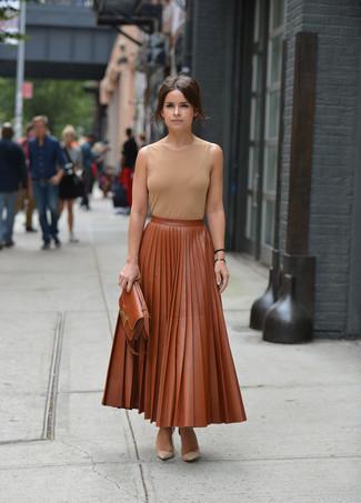 25c8d38c8f08c Cómo combinar una falda de cuero marrón (26 looks de moda)
