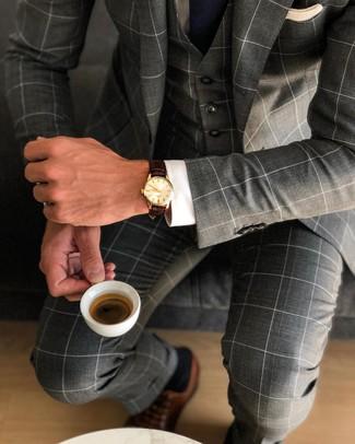 Combinar unos zapatos oxford de cuero marrónes: Intenta ponerse un traje de tres piezas a cuadros en gris oscuro y una camisa de vestir blanca para una apariencia clásica y elegante. Zapatos oxford de cuero marrónes son una opción excelente para complementar tu atuendo.