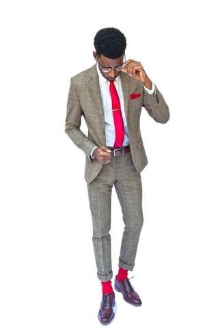 74c73dfd Cómo combinar: corbata roja, zapatos oxford de cuero marrónes, camisa de  vestir blanca