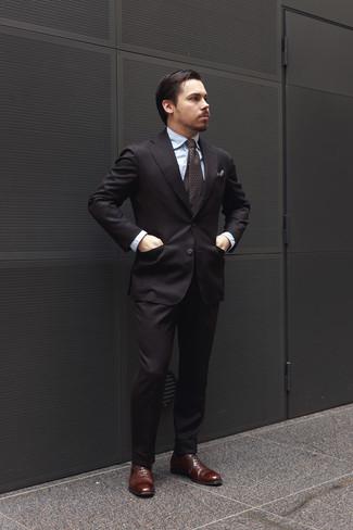 57667ddb6b Cómo combinar un traje negro con una camisa de vestir celeste (25 ...