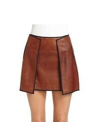 Minifalda de cuero en tabaco