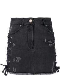 Minifalda de encaje desgastada en gris oscuro de Versus