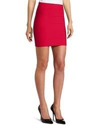 Minifalda Roja de BCBGMAXAZRIA