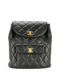 Mochila con cordón de cuero acolchada negra de Chanel Vintage