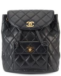 Mochila de Cuero Acolchada Negra de Chanel