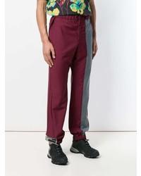 Pantalón chino burdeos de Prada
