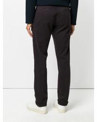 Pantalón chino burdeos de Eleventy