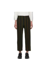 Pantalón chino de rayas verticales en marrón oscuro