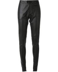 Pantalón de pinzas de cuero negro de Bassike