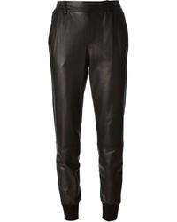 Pantalón de pinzas de cuero negro de Vince