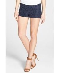 Pantalones cortos de encaje azul marino