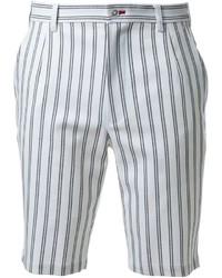 Pantalones cortos de rayas verticales blancos de GUILD PRIME