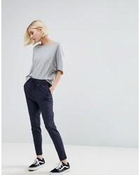 Pantalones pitillo de rayas verticales azul marino