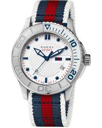 Reloj de rayas horizontales en blanco y rojo y azul marino