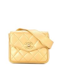 Riñonera de cuero dorada de Chanel Vintage
