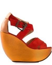 Sandalias con cuña de ante rojas