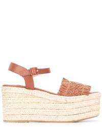 Sandalias con cuña de cuero marrón claro de Paloma Barceló
