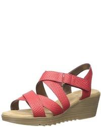 Sandalias con cuña de cuero rojas de Aerosoles