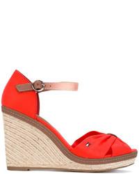 Sandalias con cuña de cuero rojas de Tommy Hilfiger