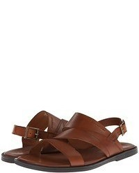 Sandalias de cuero marrónes