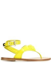 Sandalias de dedo de cuero amarillas de Versace