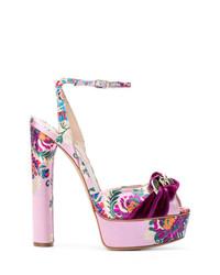 Sandalias de tacón con print de flores morado de Casadei