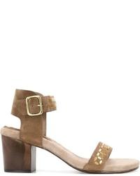 Sandalias de tacón de ante marrónes de Calleen Cordero